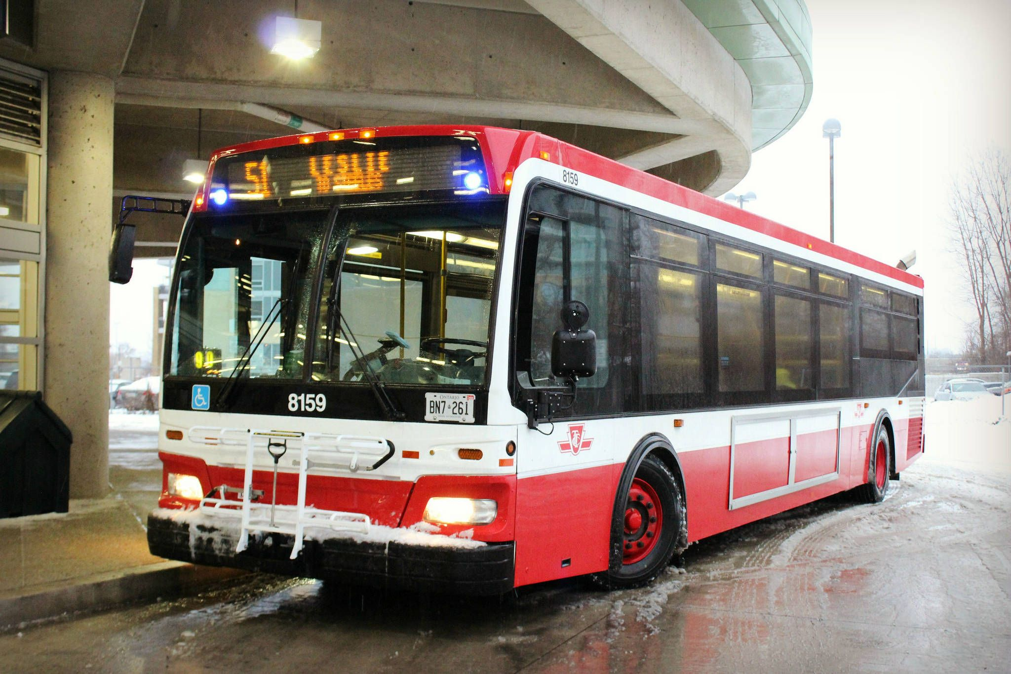 2017113-new-ttc-bus-leslie